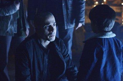 '12 Monkeys' is renewed for a second season