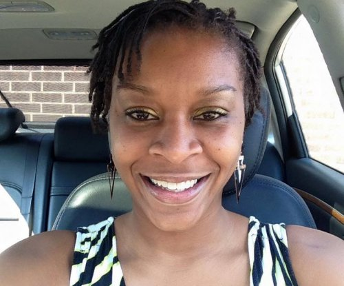 Sandra Bland's family files lawsuit against trooper, 'others responsible'