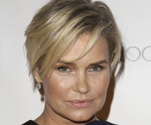Yolanda Hadid to release book about Lyme disease struggle