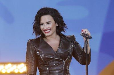 Demi Lovato and John Mayer spark dating rumors