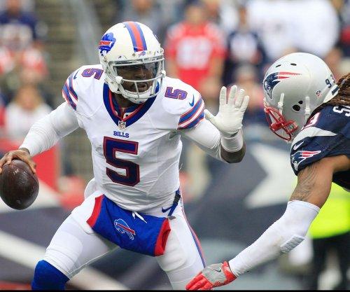 Buffalo Bills keep QB Tyrod Taylor on restructured contract