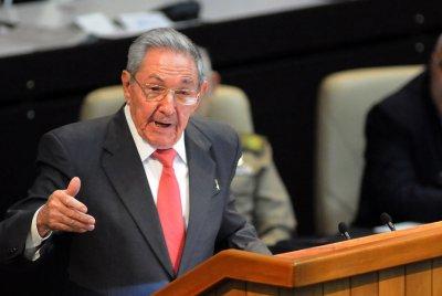 Kim Jong Un sends birthday wishes, flowers to Cuba's Raul Castro