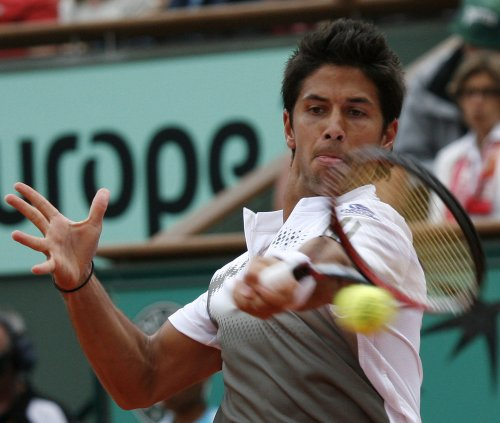 Verdasco wins in Pilot Pen 2nd round