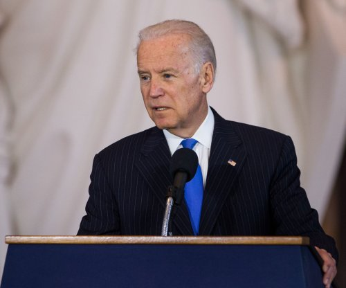 Biden praises Sanders on income inequality