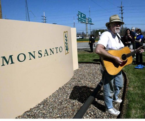 Monsanto accepts takeover offer from Germany's Bayer AG