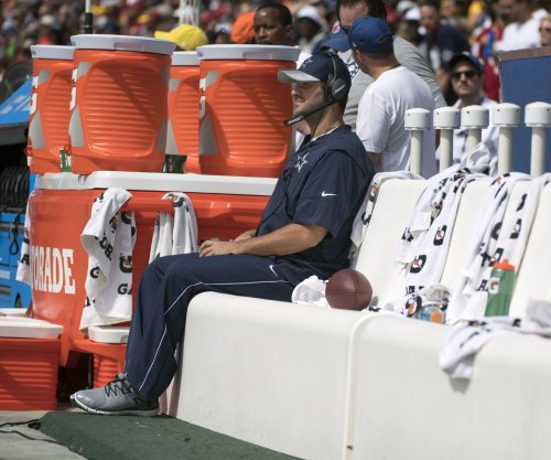 Dallas Cowboys QB Tony Romo passing on retirement talk