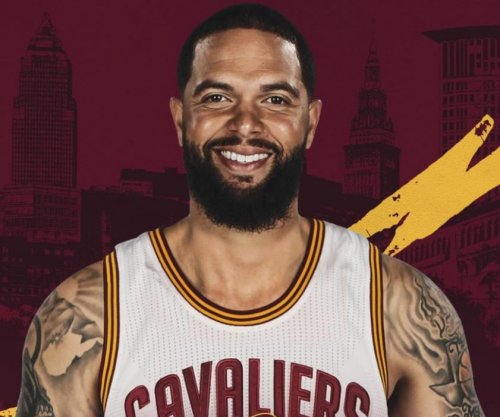 Cleveland Cavaliers add to depth with Deron Williams signing