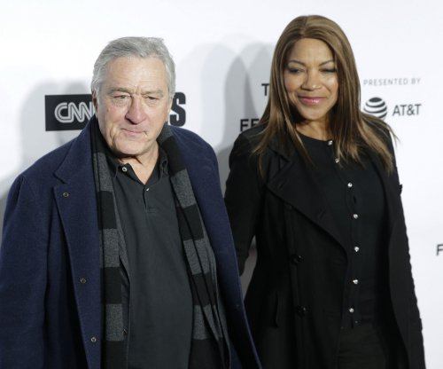 Robert De Niro, Mandy Moore among Walk of Fame class of 2019