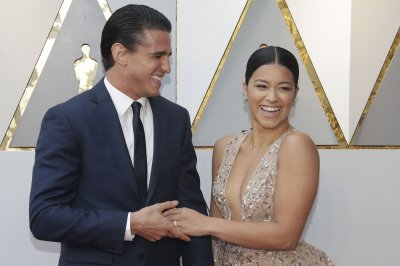 Gina Rodriguez flashes engagement ring in new photo