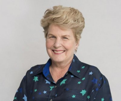 Sandi Toksvig to leave 'Great British Bake Off'