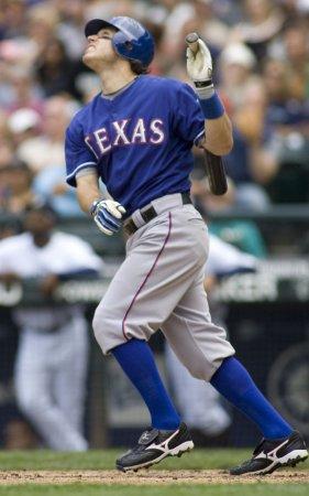 MLB: Texas 3, Kansas City 2