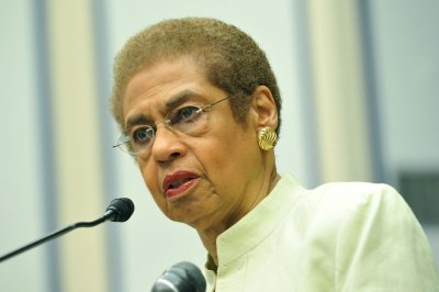 Del. Eleanor Holmes Norton parks terribly near Capitol