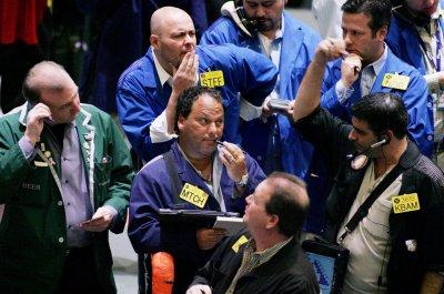 Oil prices drop after Venezuelan risk wanes