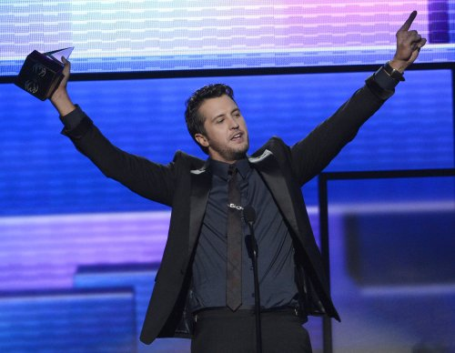 Luke Bryan's 'Spring Break' tops U.S. album chart