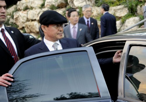 North Korea nuke talks slow, South says