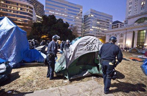 Police arrest 51 during Occupy Portland shutdown