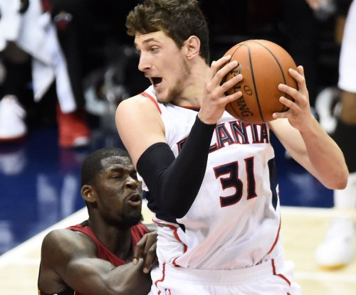 Atlanta Hawks top Miami Heat, clinch East's No. 1 seed