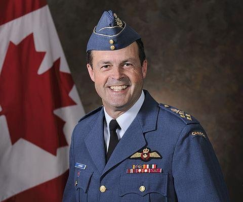 Canada's defense chief apologizes for sexual remarks