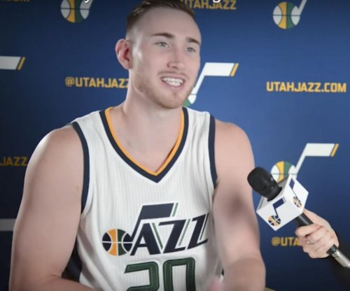 Indianapolis Colts fan Gordon Hayward 'can't stand' Tom Brady