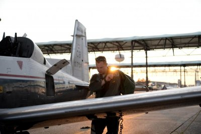 Air Force pilot shortage has grown, is 'stretching the force to the limit'