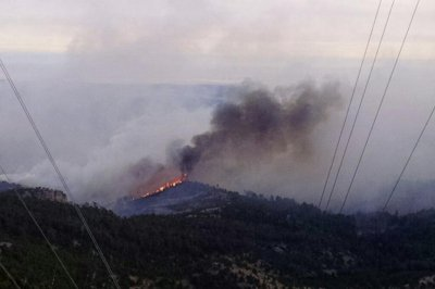 2,500-acre wildfire shuts down Custer State Park in South Dakota