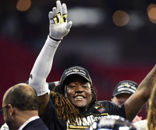 UCF Football: Undefeated Knights claim national title