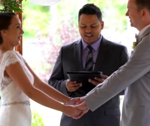 Caterer saves wedding when officiant breaks ankle