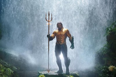 WB releases first image of Jason Momoa in iconic 'Aquaman' outfit