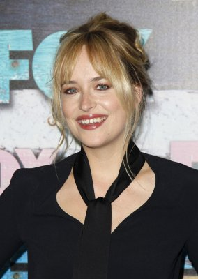 Dakota Johnson and Charlie Hunnam to star in 'Fifty Shades' movie