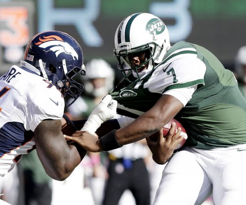 New York Jets' Geno Smith has surgery on jaw