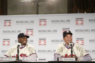 Ken Griffey Jr., Mike Piazza set for Hall induction