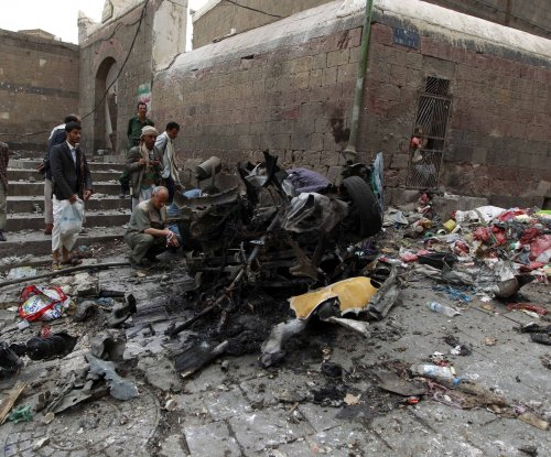 Saudis intercept missiles fired from Yemen as Kingdom continues bombings