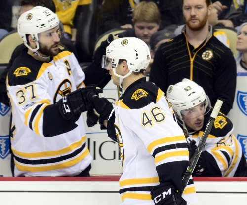 Boston Bruins crush Detroit Red Wings 6-1