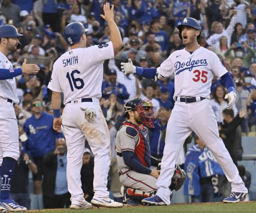 Cody Bellinger, Dodgers rally for 6-5 win over Braves in Game 3 of NLCS