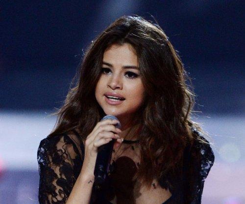 Selena Gomez dating again: 'I've been having the best time'