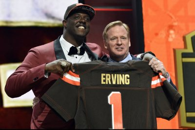 Cleveland Browns' Cameron Erving, Dallas Cowboys' David Irving ejected after scuffle