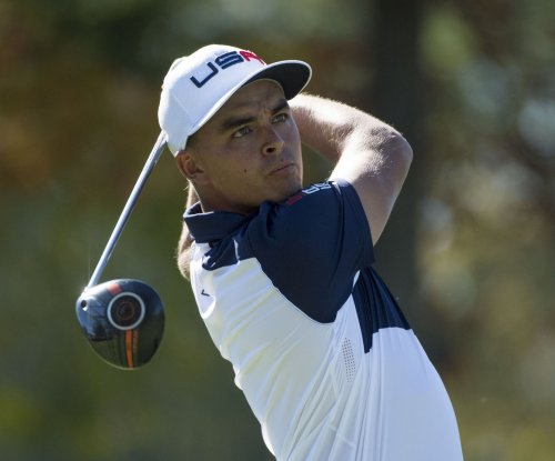 Rickie Fowler off to fast start in Shell Houston Open