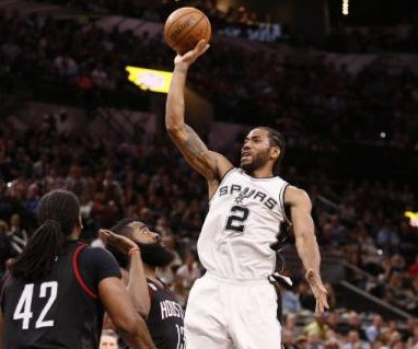 Kawhi Leonard leads San Antonio Spurs over Houston Rockets to even series