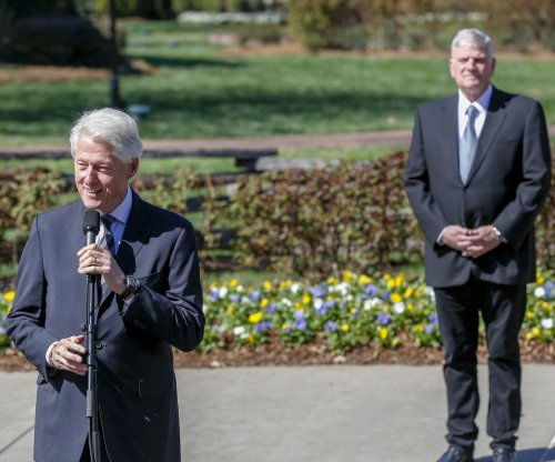 Bill Clinton pays respects to Billy Graham, 'a profoundly good man'