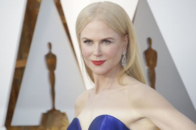 Kidman in talks to portray Gretchen Carlson in Roger Ailes film