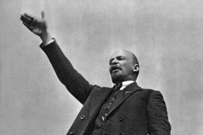 On This Day: Vladimir Lenin survives assassination attempt