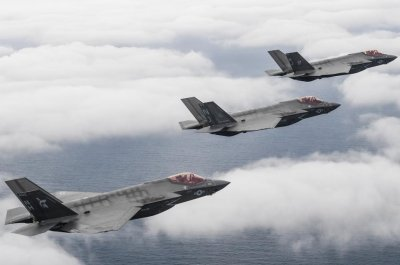 Navy deactivates Grim Reaper fighter squadron in Florida
