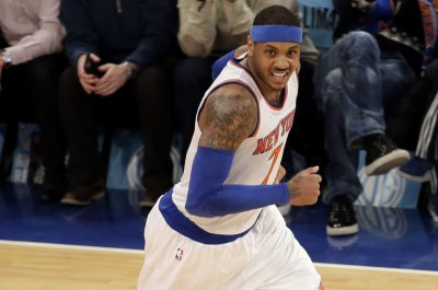 Carmelo Anthony's 31 leads New York Knicks over Los Angeles Lakers