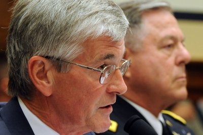 Outgoing Army Secretary calls for larger U.S. land force