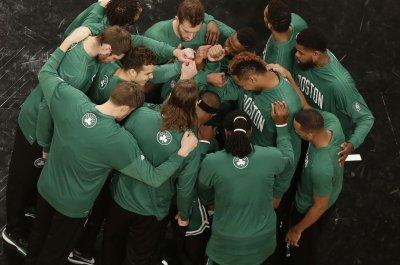 Boston Celtics bury Washington Wizards behind Isaiah Thomas, Evan Turner
