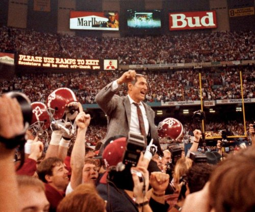 Former Alabama coach Gene Stallings recovering from stroke