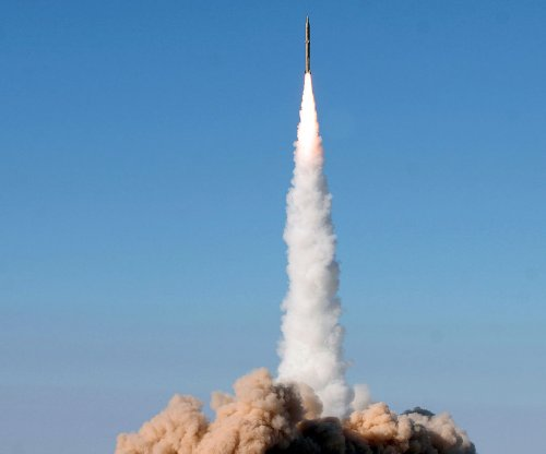 Iran fires missiles against Islamic State in Syria