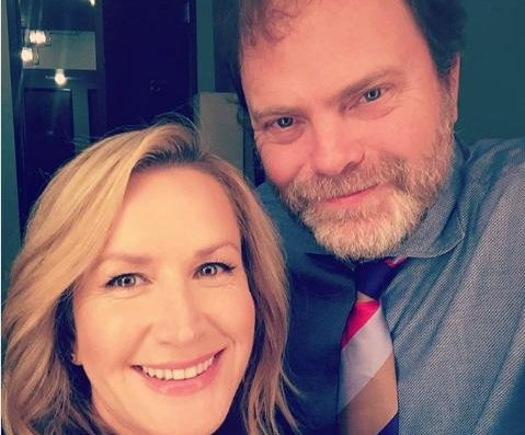 Rainn Wilson, Angela Kinsey have mini 'Office' reunion on 'Conan'