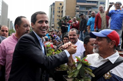 Venezuela leader Guaido gives military 3 days to switch sides