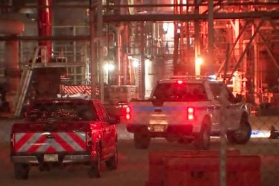 2 dead, several injured in Texas chemical plant leak